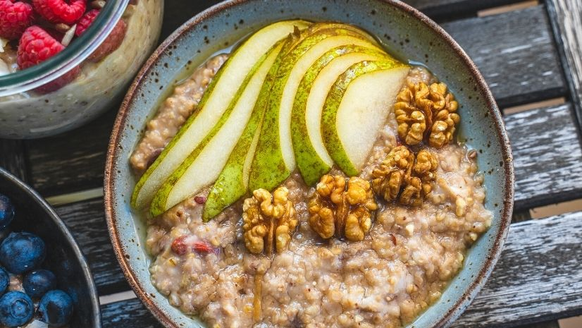 Rezept Birnen Porridge mit Walnüssen aus der TCM mit Haferflocken - Porridge - Haferflocken - TCM Ernährung - 5 Elemente - Anna Reschreiter - annatsu
