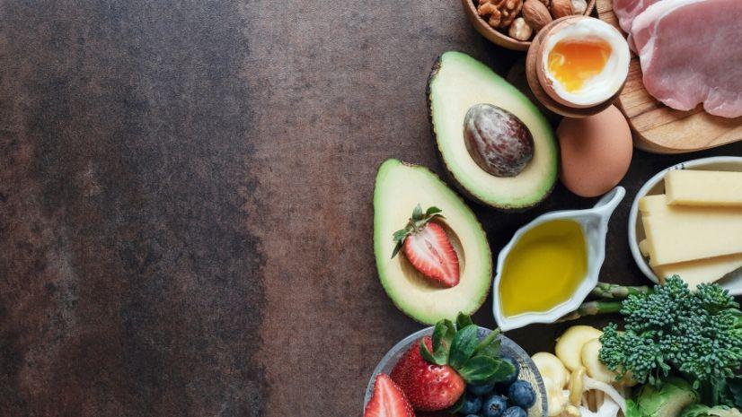 Low Carb und die TCM Ernährung - Podcast - Interview - Daniela Pfeifer - Ernährungsberatung - Ernährungsumstellung - Anna Reschreiter - annatsu